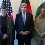 Kerry Seeks to Boost Afghan-Pakistan Ties