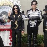 Jackson fans mark icon's 5th death anniversary
