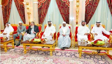 Sheikh Mohammed receives preachers, scholars