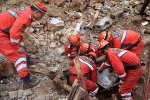 China earthquake death toll rises to 381