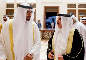 Gen Sheikh Mohammed bin Zayed meets Bahrain King
