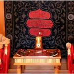 King receives five new ambassadors