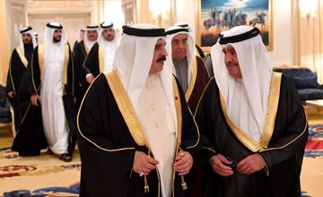HM King visits Ramadan majlises