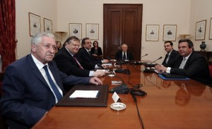Greece set for new elections