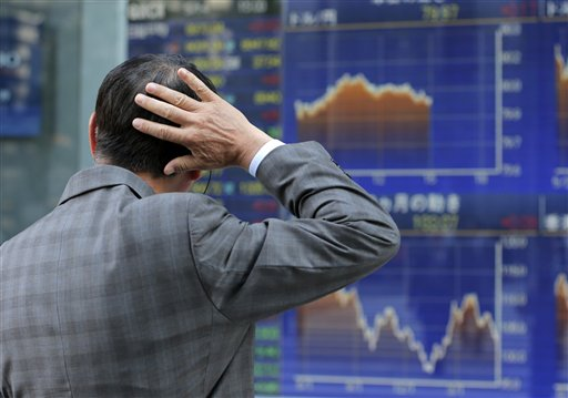World stocks drop as worries over Greece intensify