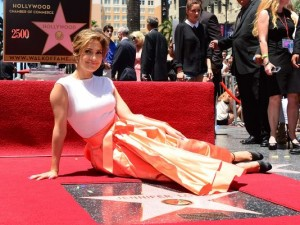 Jennifer Lopez Gets 2,500th Hollywood Star