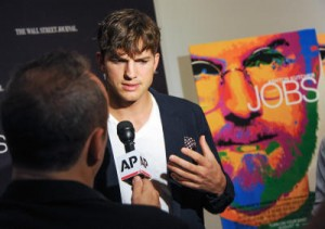 Ashton Kutcher Acts as Steve Jobs