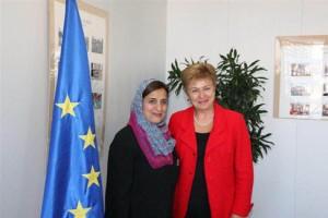 Sheikha Lubna Meets European Commissioner