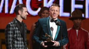 Macklemore & Lewis win New Artist Grammy