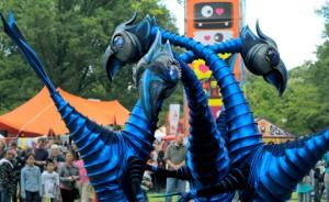 Meet Aliens in Dubai Marina Street Festival