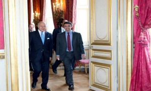 FM discusses bilateral relations with French, Libyan FM's