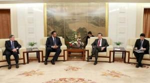 UAE, China discuss economic cooperation