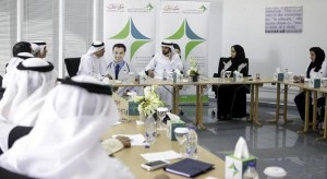 Dubai crown prince meets heads of hospitals