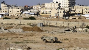 Militant attack on Egyptian army checkpoints