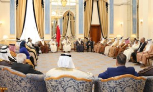 Bahraini PM underlines keenness to boost citizens' welfare