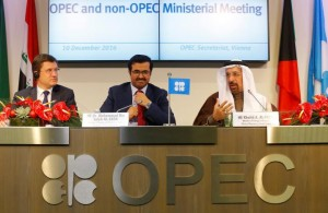 OPEC, non-OPEC agree first global oil pact since 2001
