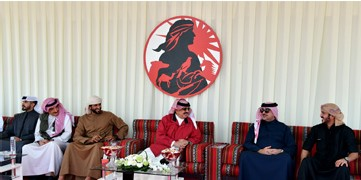 HM King attends Bahrain Falcon and Hunting tournament