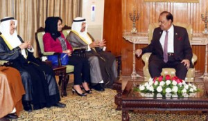 Pakistani President receives Shura Council Chairman