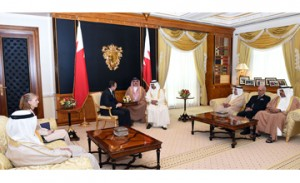 Premier stresses Bahrain-US strategic partnership
