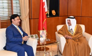 Royal Court minister receives Pakistani ambassador